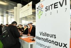 Accueille visiteurs internationaux